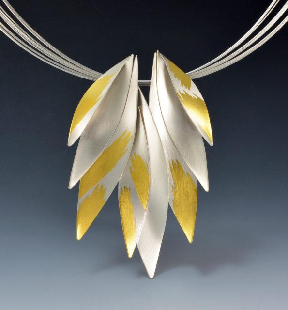 K 200- Golden Wings-3.5 x 2.25 x18L $875