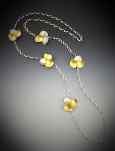 K 410 Petals Necklace 1 x 1 x 37L -$670